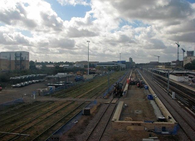 Cambridge Station: Sunday work on the new platform