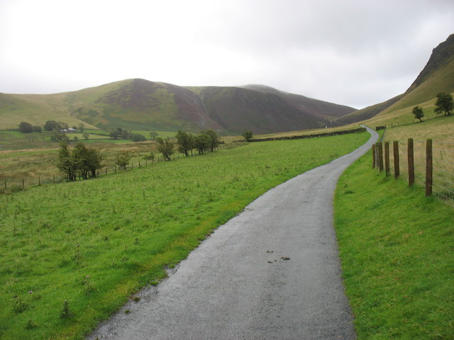 The Cumbria Way above Peterhouse Farm