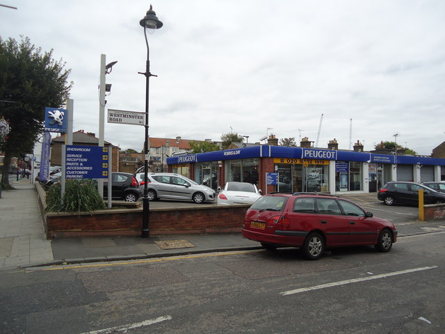 Robins and Day car dealership, Hanwell