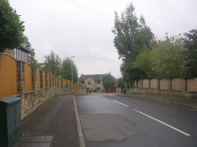 West Pasture Close - West End Lane
