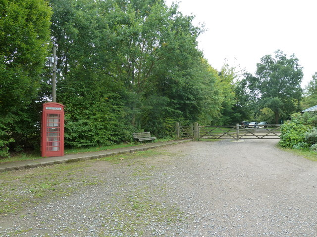 COAM 5: red telephone box