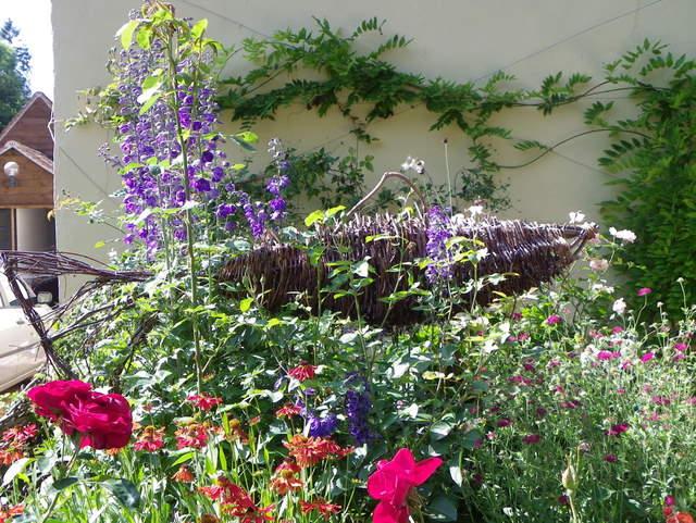 Garden, Church Street