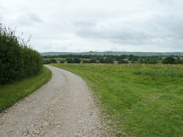Bridleway south from Hurst Barns