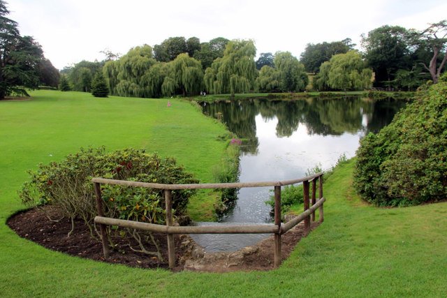 Lake, Leeds Castle, Kent