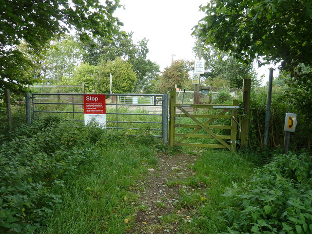 Path crossing of the Lewes to Burgess Hill line