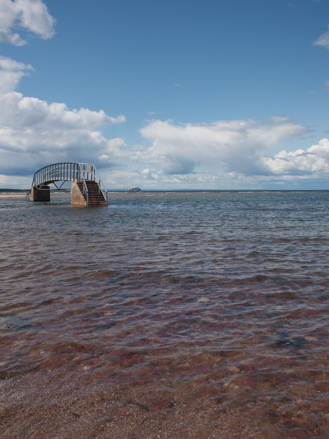 Tides in at Belhaven Bridge