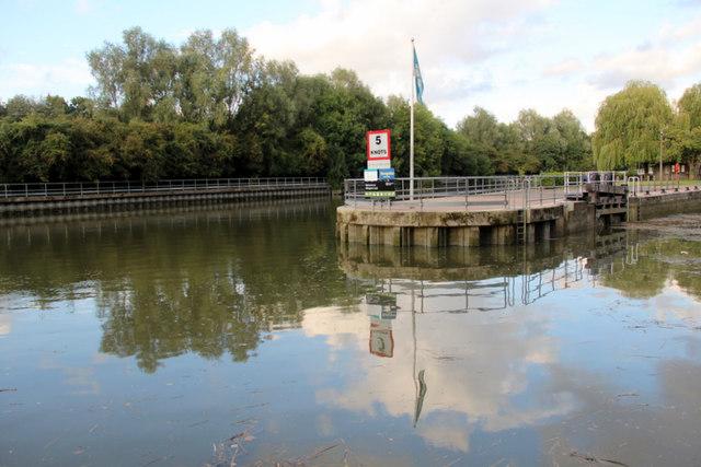 Allington Lock, River Medway, Kent