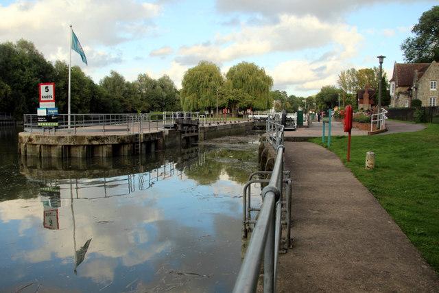Tow Path, Allington Lock, Kent