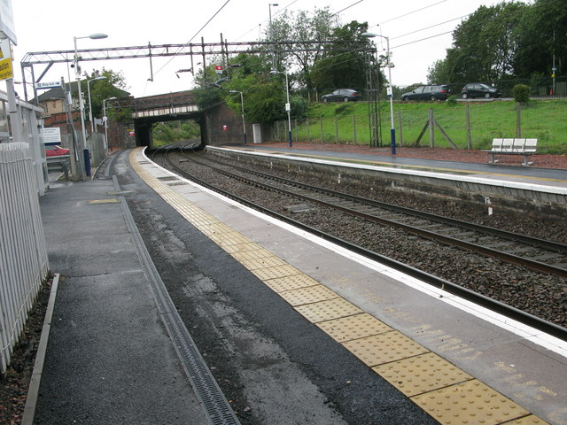 Hillfoot railway station, looking South-West