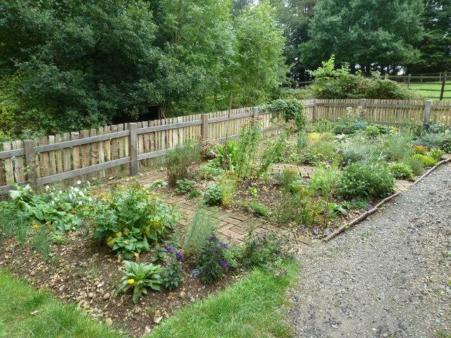 COAM 83:  the toll keeper's garden