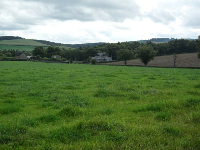 Looking East/South East from Wheelbirks Farm