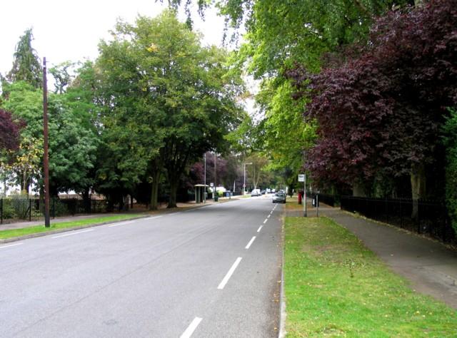 Manor Road towards Oadby