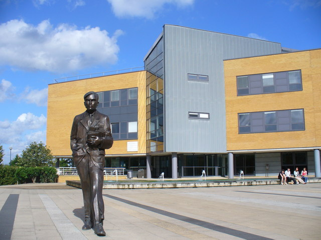 alan turing statue surrey university colin smith cc by sa 2 0 geograph britain and ireland. Black Bedroom Furniture Sets. Home Design Ideas