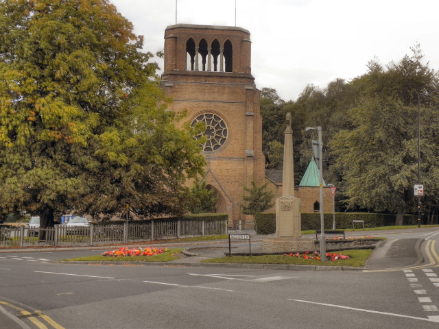 Holy Angels RC Church and War Memorial, Hale Barns