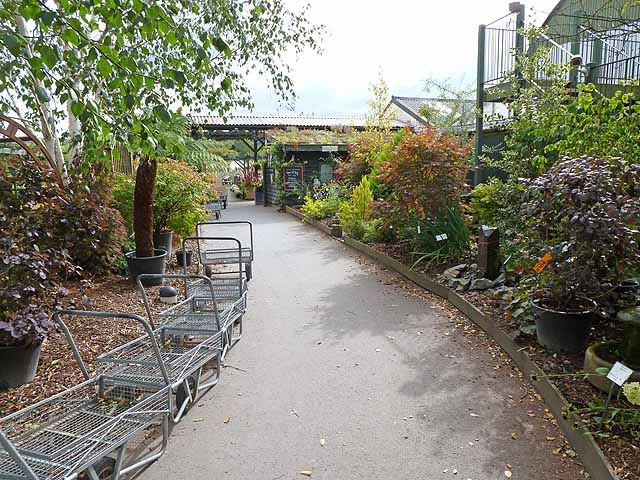Entrance to Derwen Garden Centre