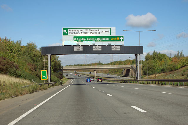 A13 approaching A1306 junction