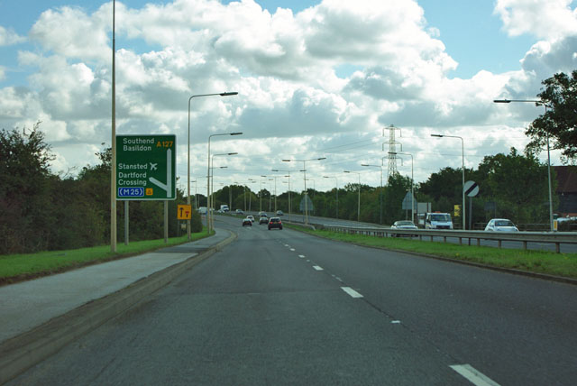A127 approaches the M25 interchange