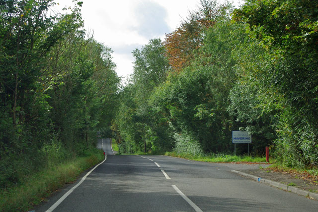 Entering London via Nags Head Lane