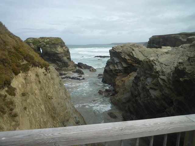 The coast at the bridge to Trevelgue Head
