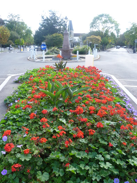 Flowerbed and memorial fountain in Dulwich Village
