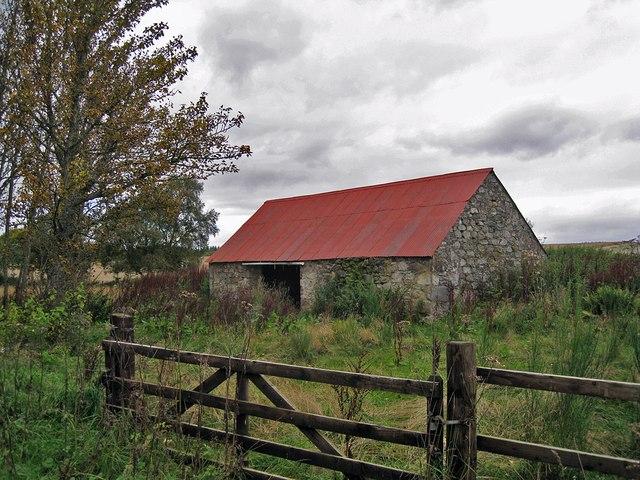 Barn near Tore