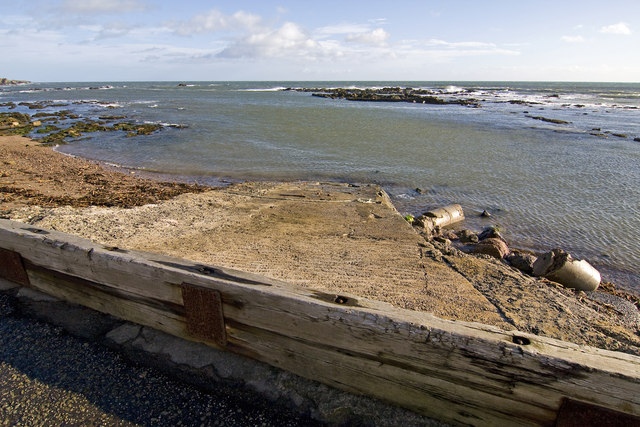 Cowie slipway and harbour
