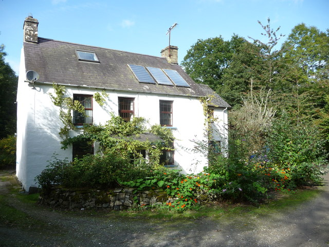 House at Cwmhowni