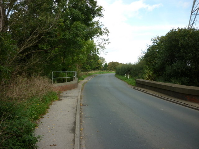 Crofts Bridge on Sutton Road near Wawne