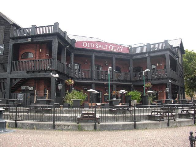 old salt quay public house  u00a9 chris lordan cc 2 0