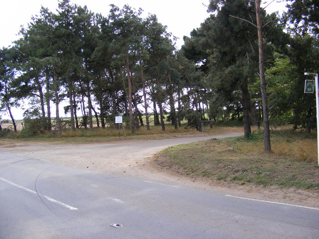Bridleway & Entrance to Ferry Farm