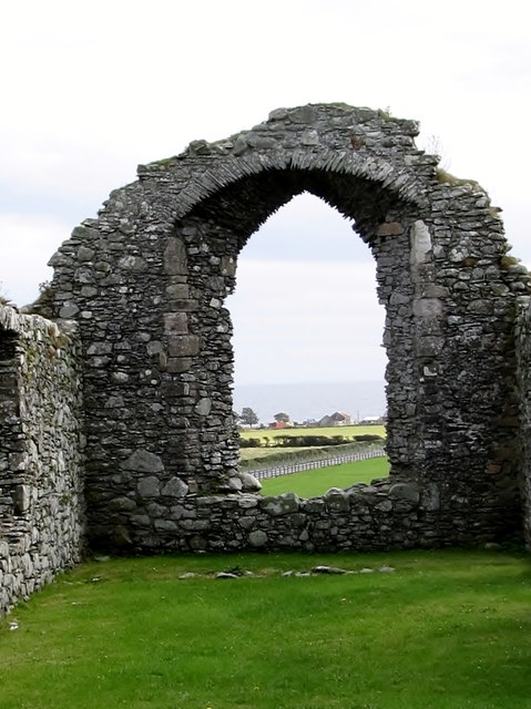 The east window of the ruined Ardtole Church