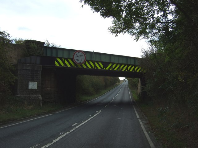 Railway bridge over the A638