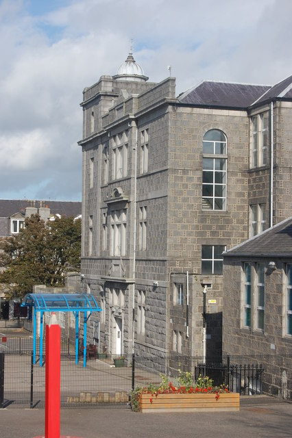 Walker Road Primary School, Torry (main building)