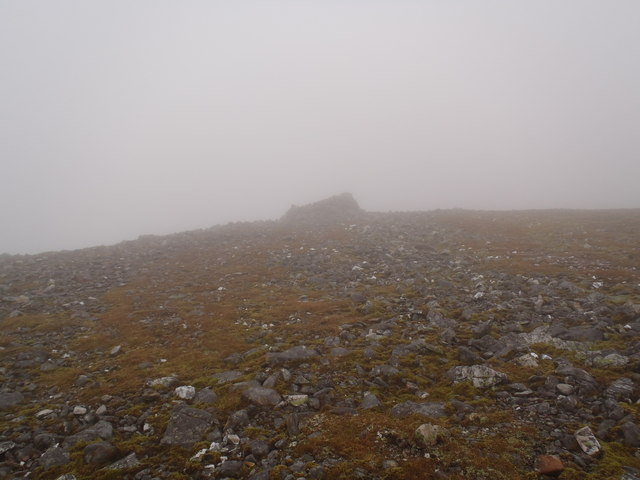 The east summit of An Socach