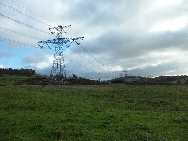 Power cables near Craigmarloch