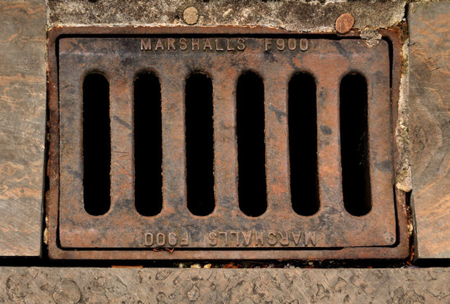 &quot;Marshalls&quot; grating cover, Belfast