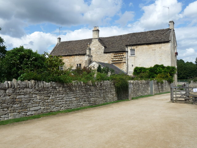 Bradford-on-Avon - House With Dovecotte