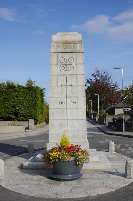 Dyce War Memorial (West Elevation)