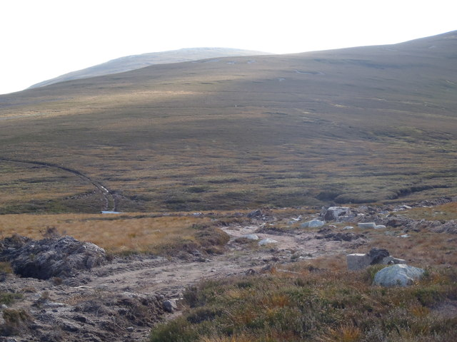 Track leading towards Gathering Cairn