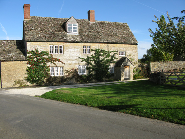 Elm Tree Cottage on Lechlade Road, Southrop