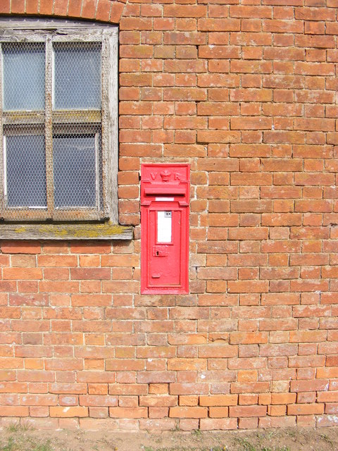 Home Farm Victorian Postbox