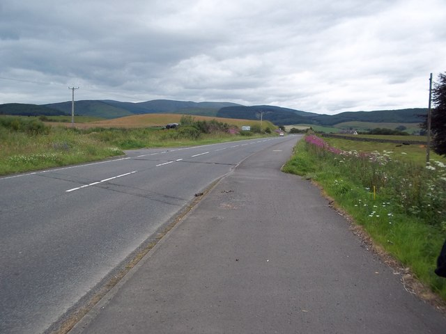 Road towards Moffat