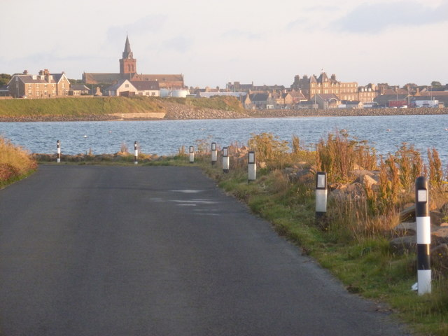 Kirkwall: Carness Road and cathedral view