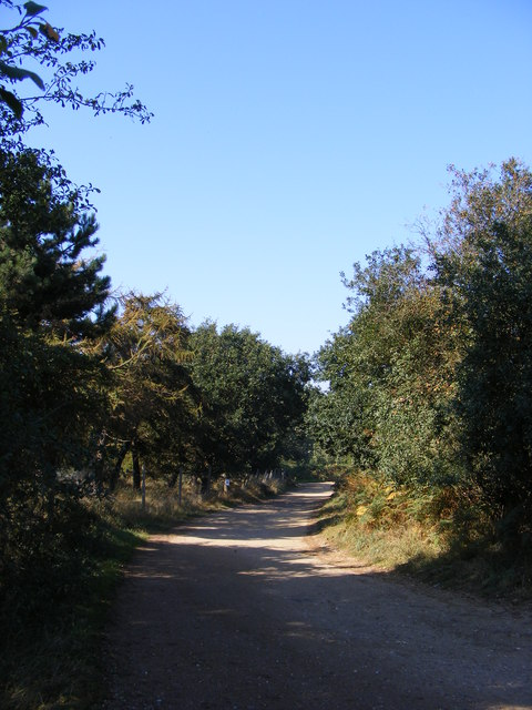 Footpath to Melton Road & Entrance to Poplar Park Equestrian Centre