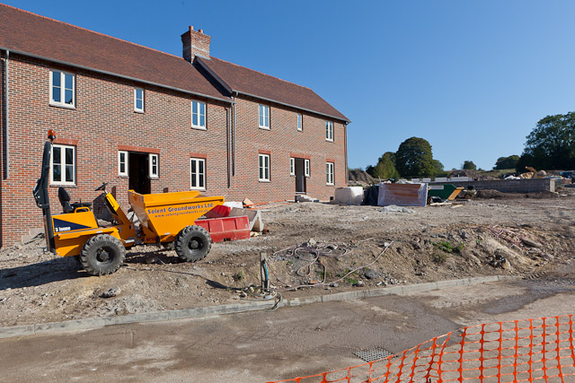 Security for construction sites and building sites in for Home building sites