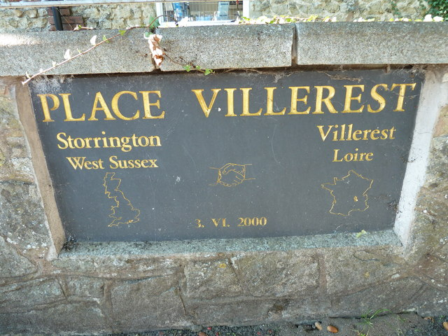 Twinning plaque in Storrington village centre