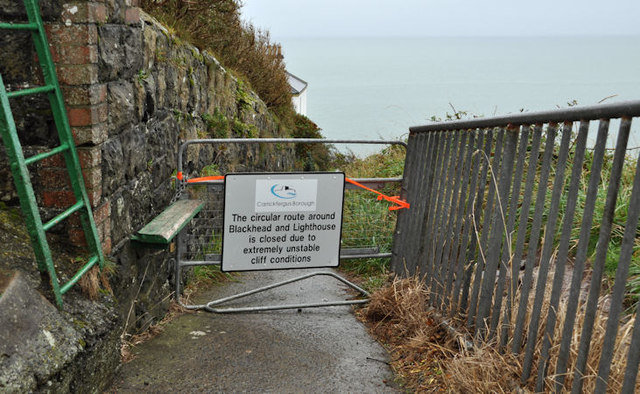 Closed Blackhead path, Whitehead