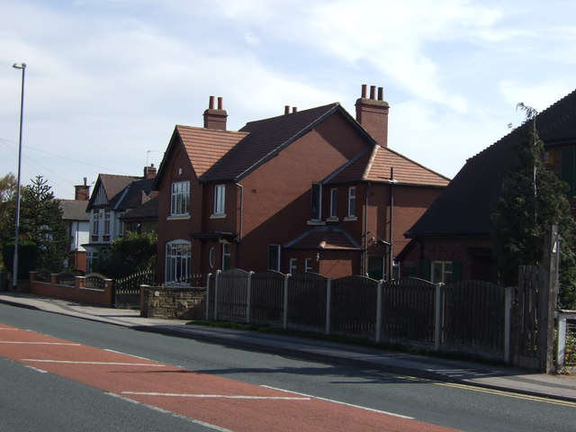Houses on Sheepwalk Lane (B6136)