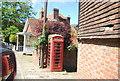 TQ5056 : K6 Telephone Kiosk, High St by N Chadwick