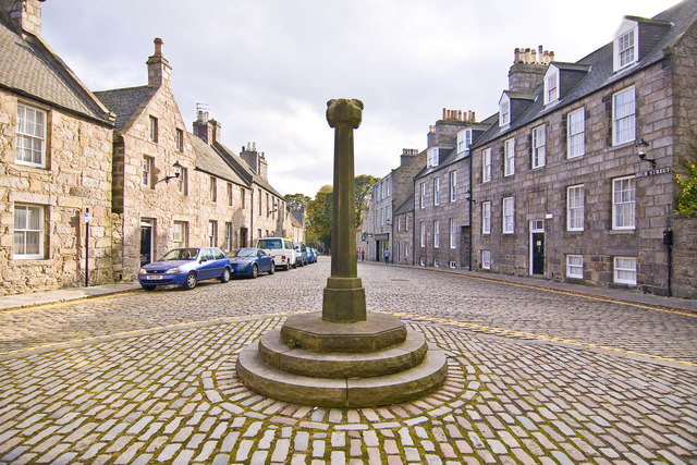 Mercat Cross and High street, Old Aberdeen